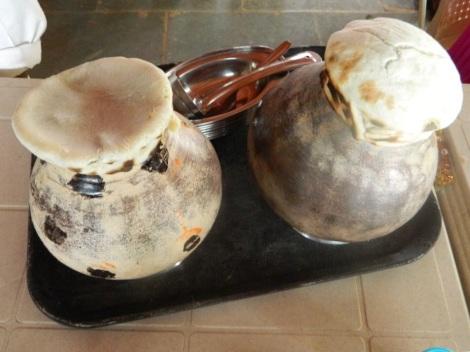 Chicken Dum Handi & Nagli rotis (Finger millet)