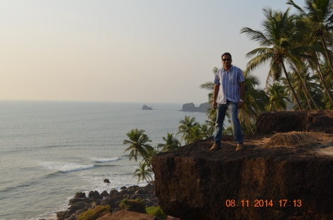 Below these cliffs lies Cabo De Rama beach