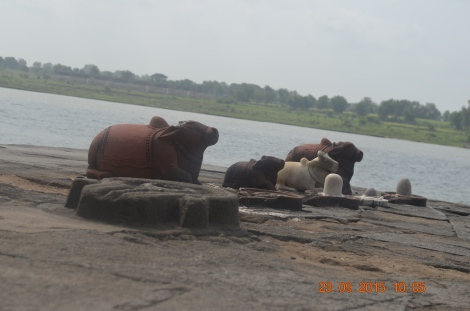 Few of many Shivlingas _ Nandis on Ghats